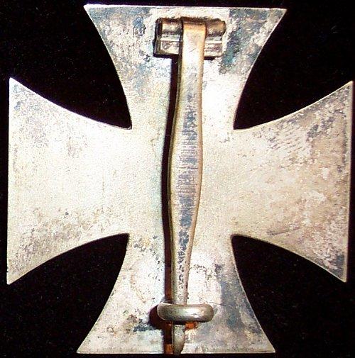 Spesifikasi Cross At 1 G Iron Cross